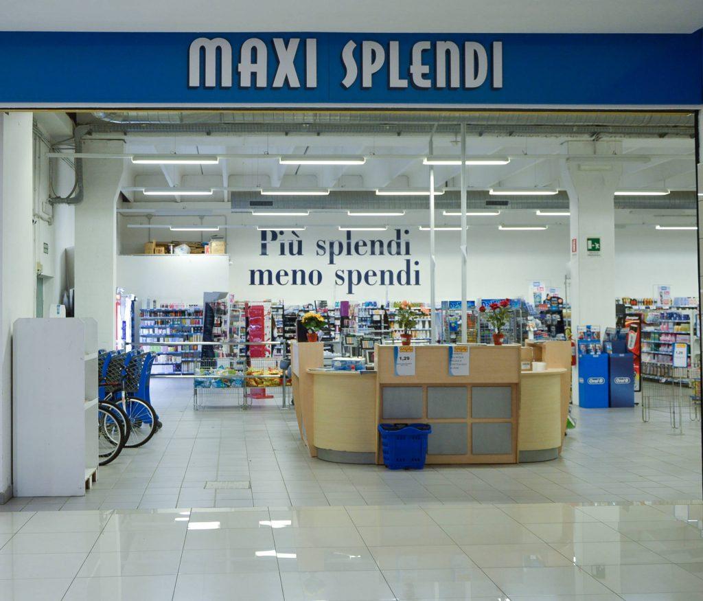 negozi-parco-commerciale-akropolis-1