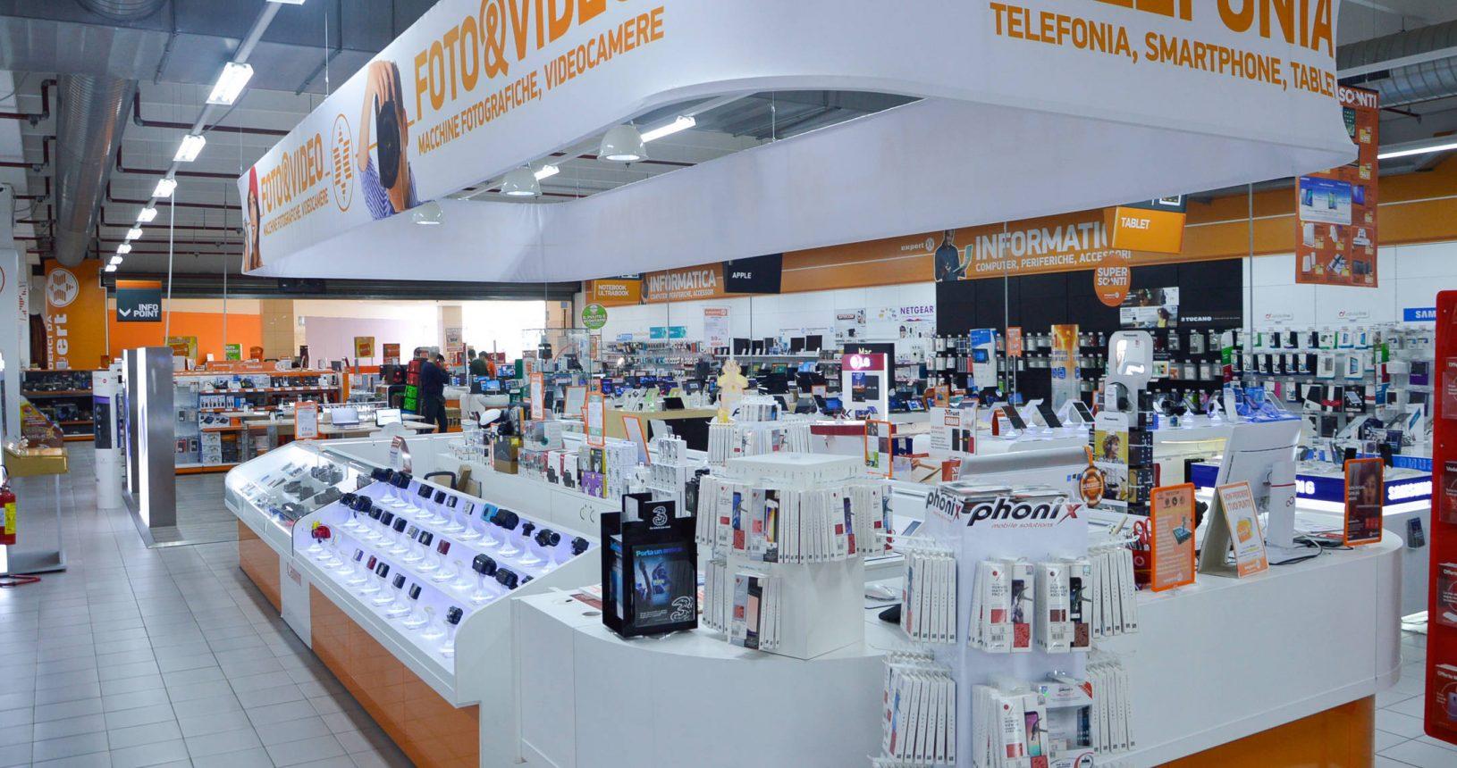 akropolis-negozio-telefonia